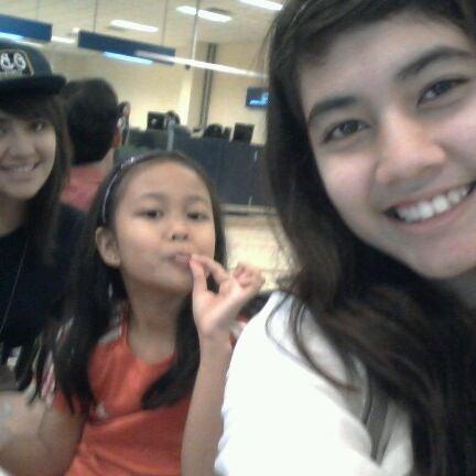 Das Foto wurde bei Tanah Merah Ferry Terminal von Fatima C. am 9/2/2011 aufgenommen