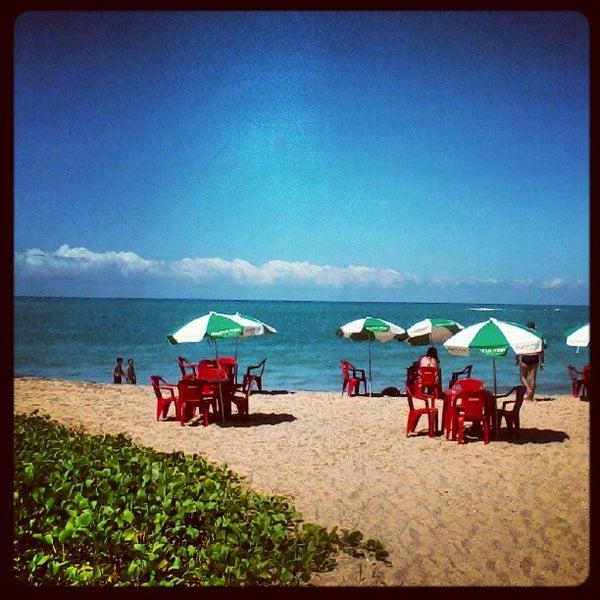 Foto tirada no(a) Praia de Guaxuma por Claudio C. em 5/13/2012