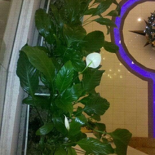 Foto tomada en InterTower Hotel por Pepe E. el 1/6/2012