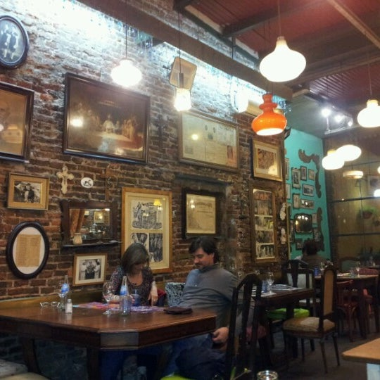 Photo taken at El Oso Sala La Sopa by Ale A. on 6/30/2012