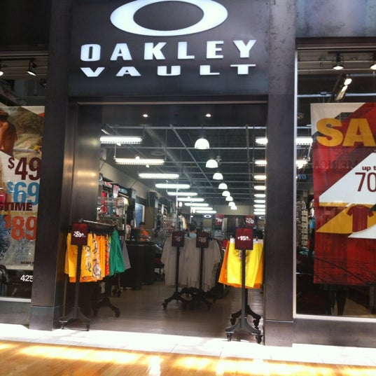 oakley outlet  Oakley Vault - Sawgrass Mills - 5 tips