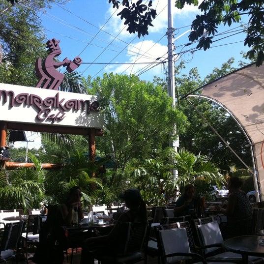 Foto tomada en Marakamé por Kelly M. el 8/18/2012