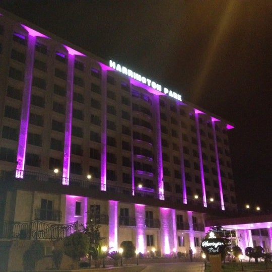 4/18/2012 tarihinde Andrey R.ziyaretçi tarafından Harrington Park Resort Hotel'de çekilen fotoğraf