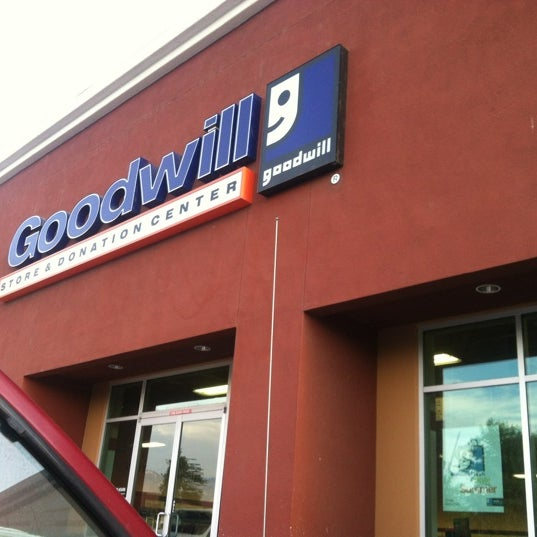 Photo taken at Goodwill Donation Center by chrissy a. on 8/31/2012