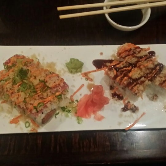 Photo prise au Sushi O Bistro par @ExploreRaleigh le5/14/2014