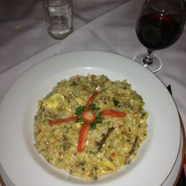 Foto tirada no(a) Di Andrea Gourmet Pizza & Pasta por Pablo Martin C. em 12/28/2012