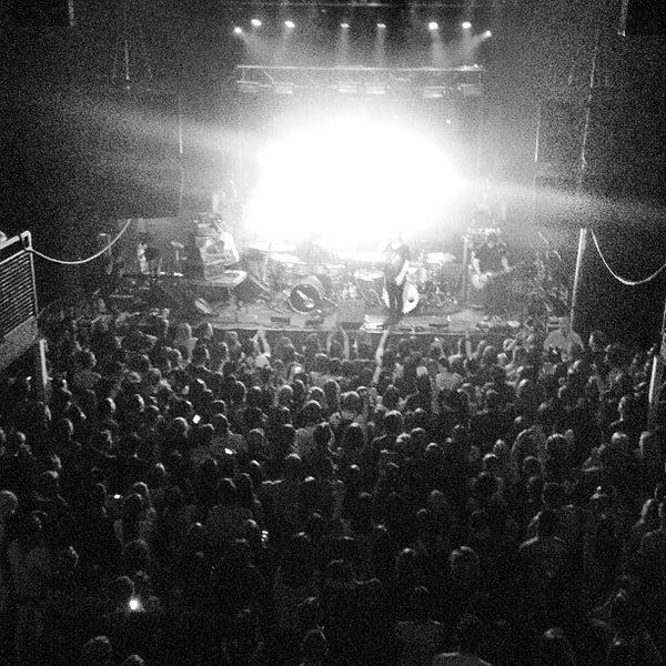 รูปภาพถ่ายที่ Summit Music Hall โดย Christian G. เมื่อ 5/27/2013