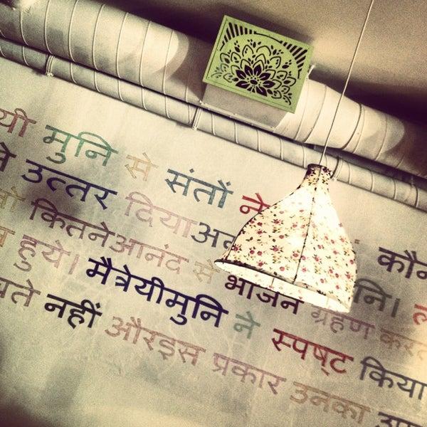 Снимок сделан в Oh! Mumbai пользователем Katarina 9/7/2013