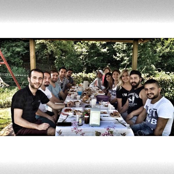 7/24/2016 tarihinde Hilal Ş.ziyaretçi tarafından Polonezköy Yıldız Piknik Parkı'de çekilen fotoğraf
