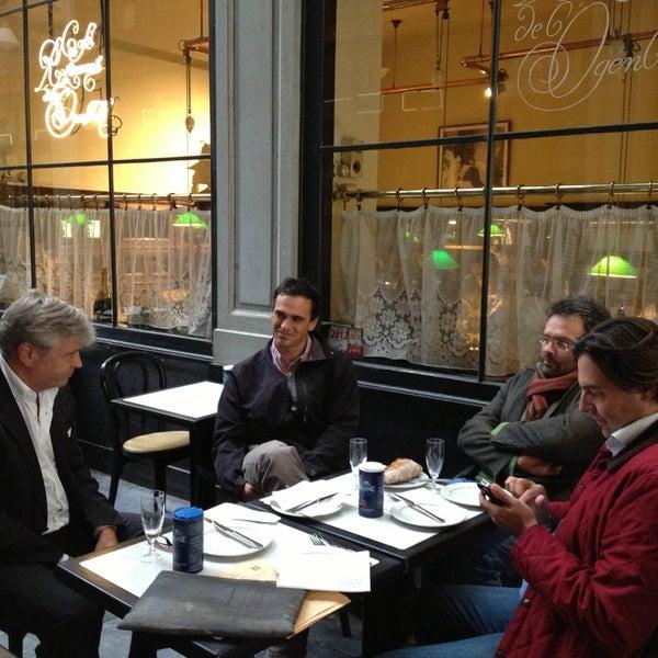 Photo prise au Restaurant de l'Ogenblik par Pascale U. le6/27/2013