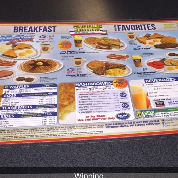 Photo taken at Waffle House by Glenn M. on 5/8/2016
