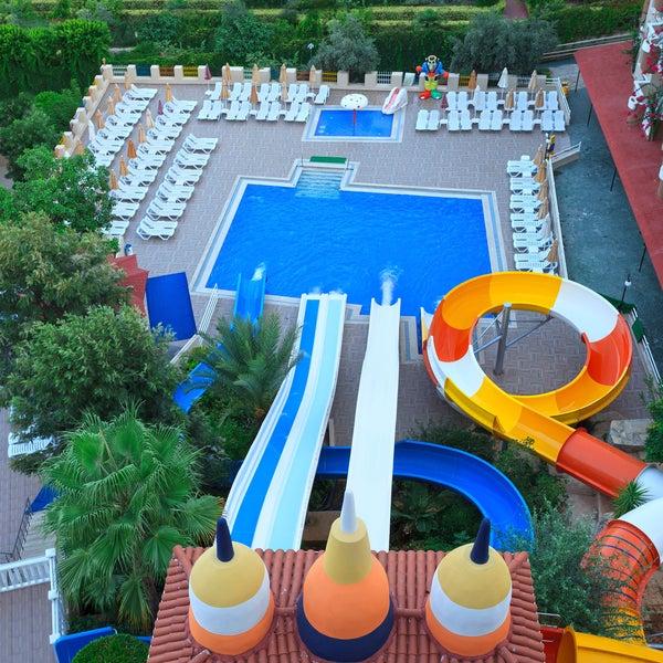 7/14/2016 tarihinde Club Paradiso Hotel & Resortziyaretçi tarafından Club Paradiso Hotel & Resort'de çekilen fotoğraf