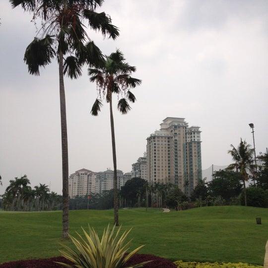 10/26/2012 tarihinde Eko F.ziyaretçi tarafından Pondok Indah Golf & Country Club'de çekilen fotoğraf
