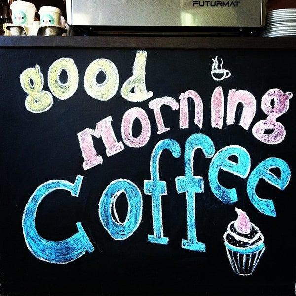 Снимок сделан в Good Morning Coffee пользователем Brad M. 5/2/2013