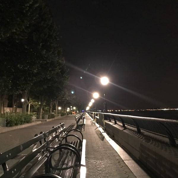 Photo taken at Battery Park City Esplanade by Benny W. on 8/10/2017
