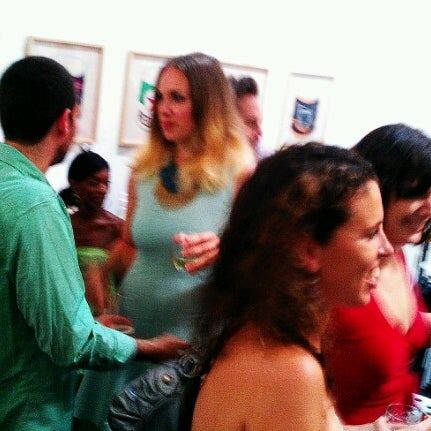 Photo taken at Culture Fix by Ari S. on 8/18/2012