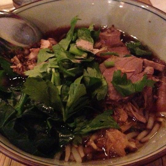 Foto tomada en Pure Thai Cookhouse por Andrea J. el 12/2/2012