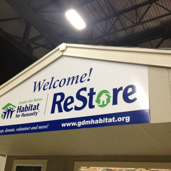 Photo Taken At Des Moines Home And Garden Show By Jenna N. On 2/