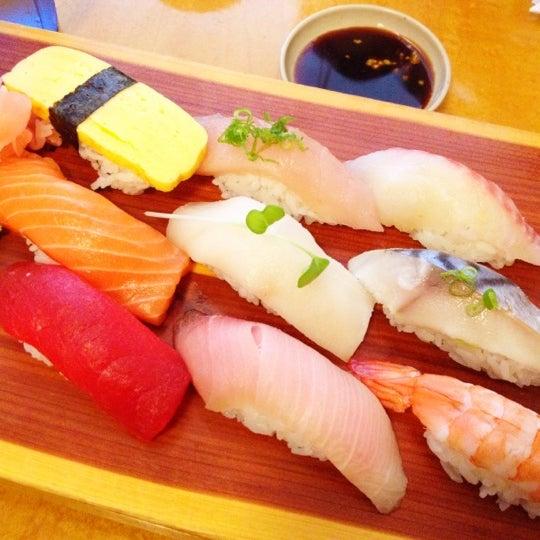 Drunken fish now closed sushi restaurant in oakland for Drunken fish menu