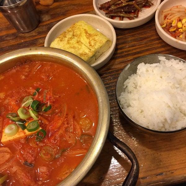 3/12/2016에 YounSuk C.님이 김북순 큰남비집에서 찍은 사진