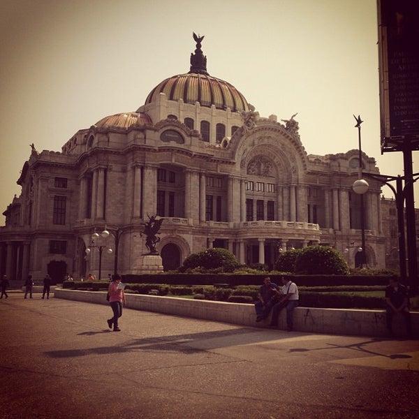 Foto tomada en Palacio de Bellas Artes por Luis S. el 5/23/2013