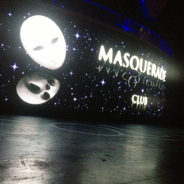 8/24/2013 tarihinde Mesut D.ziyaretçi tarafından Masquerade Club'de çekilen fotoğraf