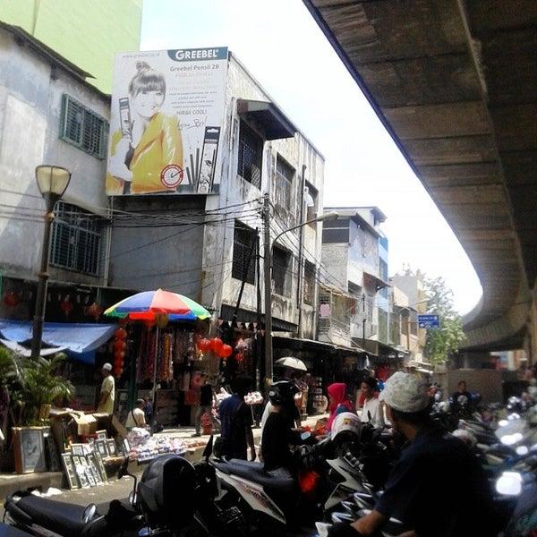 Photo taken at Pasar Asemka by sonia s. on 4/7/2014