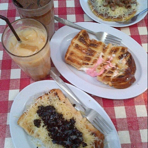 Warung nagih roti bakar 62 tips for Roti food bar