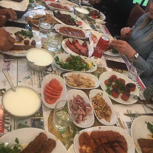 Foto diambil di Onur Ocakbaşı oleh Burak pada 5/13/2018