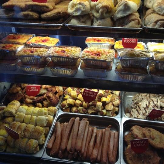 Photo taken at Lido Kosher Deli by Robert C. on 10/13/2012