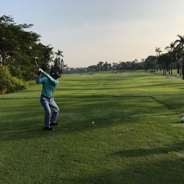 4/15/2017 tarihinde Harry Hanawiziyaretçi tarafından Pondok Indah Golf & Country Club'de çekilen fotoğraf