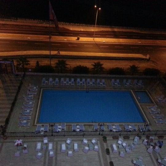 9/27/2012 tarihinde Gökhanziyaretçi tarafından Harrington Park Resort Hotel'de çekilen fotoğraf