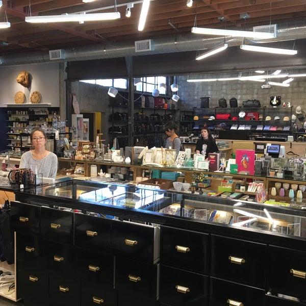Black Market Liquor Bar, Los Angeles - Restaurant Reviews ...