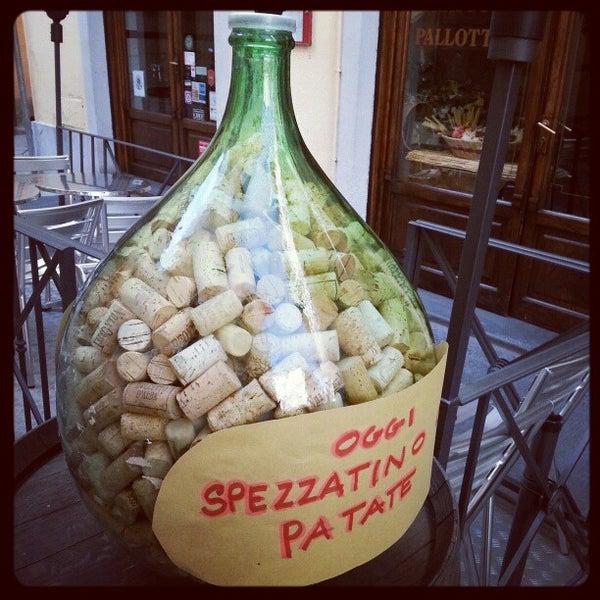 Foto scattata a Trattoria Pallottino da Alexey S. il 10/18/2012