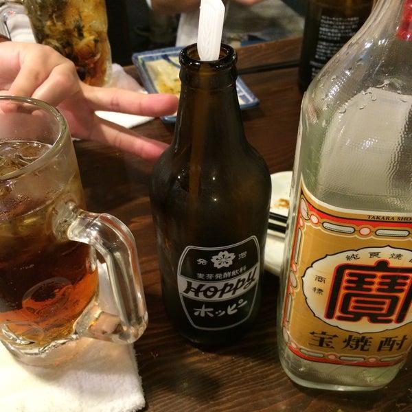 Photo taken at 日本橋 紅とん 池袋ビックリガード店 by Masahide N. on 5/28/2015