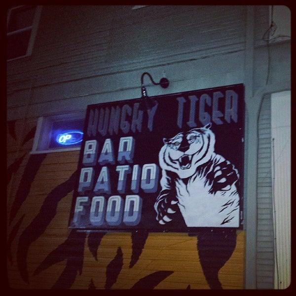 Снимок сделан в Hungry Tiger пользователем Nick W. 10/31/2013