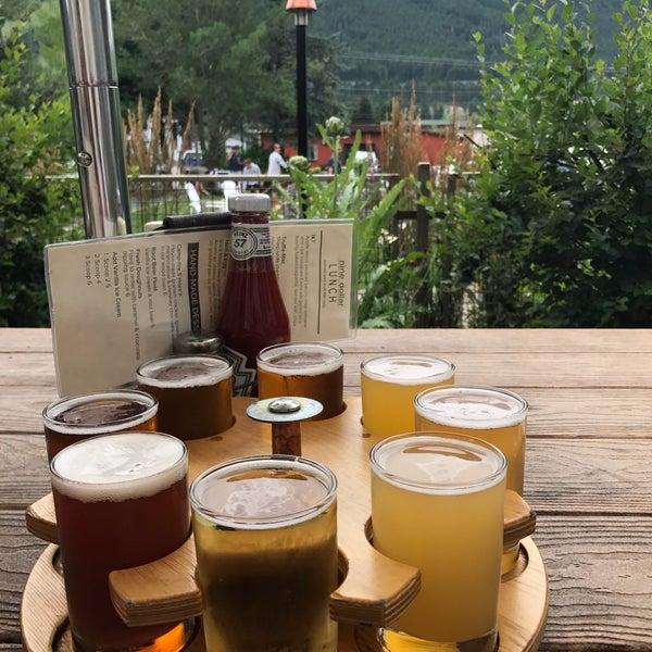Photo taken at Snake River Brewery & Restaurant by Sashko Z. on 7/23/2017