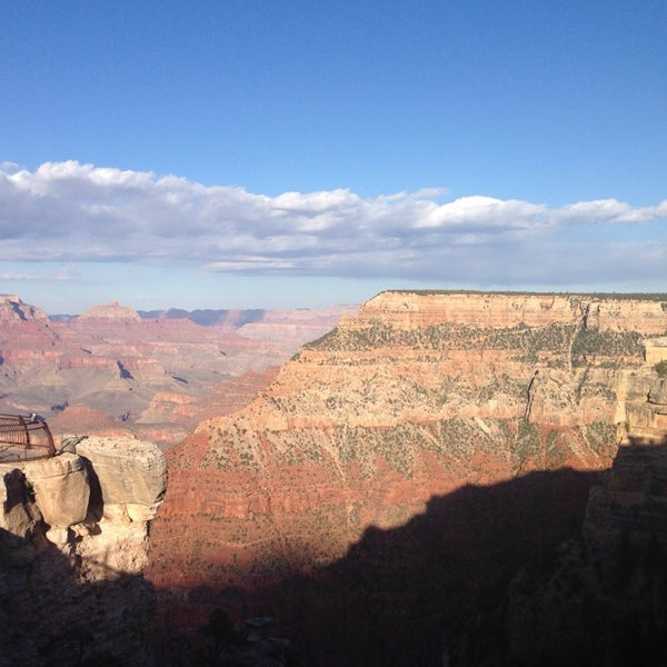 Photo taken at Red Feather Lodge Grand Canyon by Vera S. on 5/1/2014