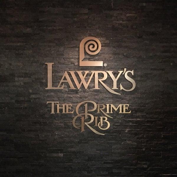 4/16/2017にみねがLawry's The Prime Rib, Tokyoで撮った写真
