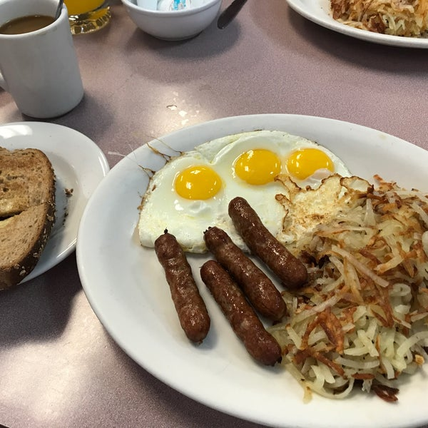 Photo taken at Mil's Diner by Frank S. on 6/23/2017