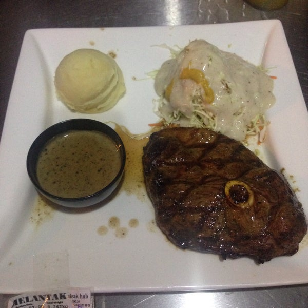 Photo taken at Melantak Steak Hub by Saffuan Z. on 2/6/2016