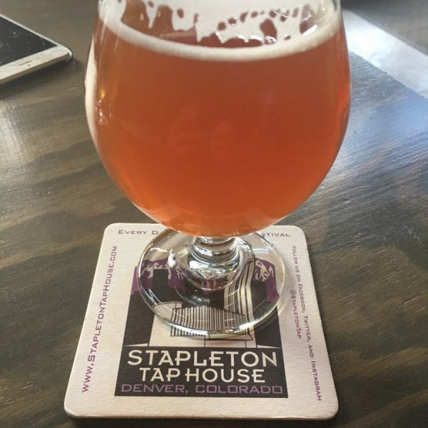 Photo taken at Stapleton Tap House by Stenny on 9/1/2016
