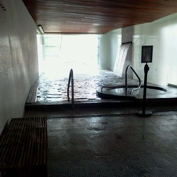Photos at scandinave les bains vieux montr al vieux for Spa scandinave vieux montreal