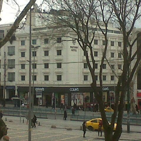 2/20/2013 tarihinde Leo h.ziyaretçi tarafından Glorious Hotel İstanbul'de çekilen fotoğraf