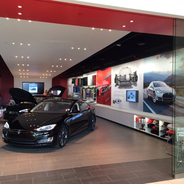 Tesla Motors Automotive Shop In Indianapolis