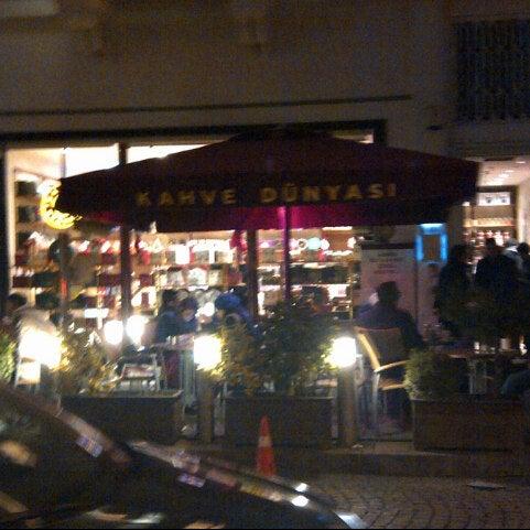 Foto tomada en Kahve Dünyası por ŞeymA ツ . el 12/30/2012