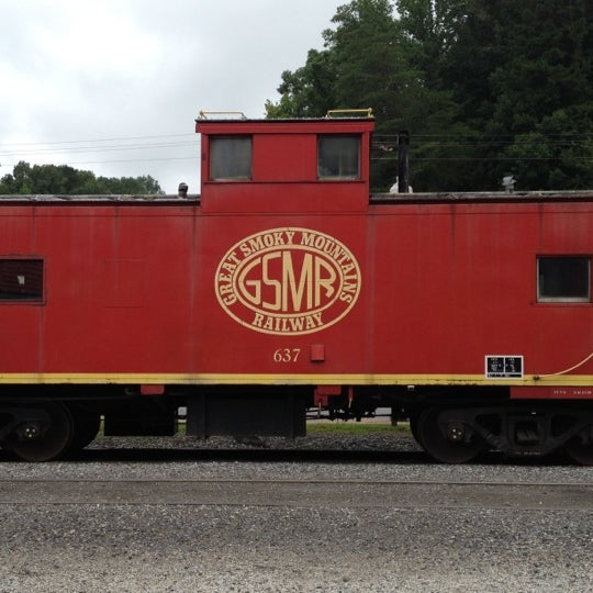 Photo taken at Great Smoky Mountain Railroad by Lary D. on 7/27/2013