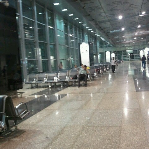 Photo taken at Netaji Subhash Chandra Bose International Airport (CCU) by priyank b. on 4/12/2013