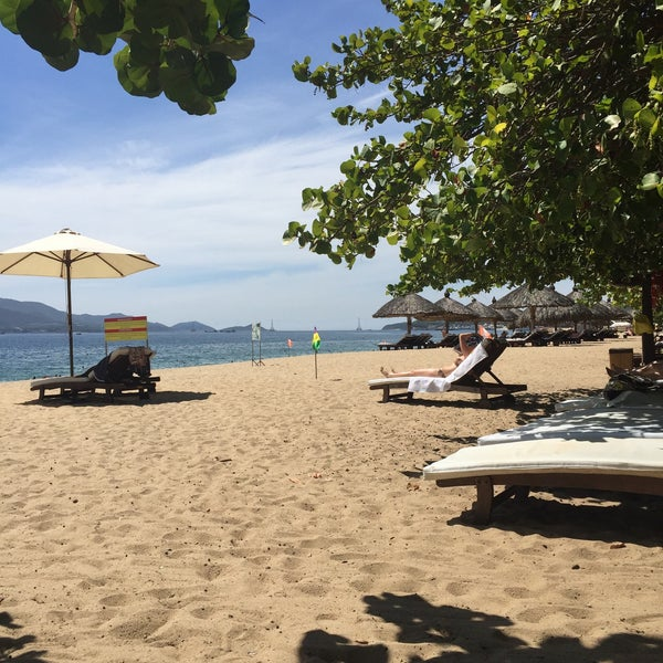 Where's Good? Holiday and vacation recommendations for Nha Trang, Vietnam. What's good to see, when's good to go and how's best to get there.