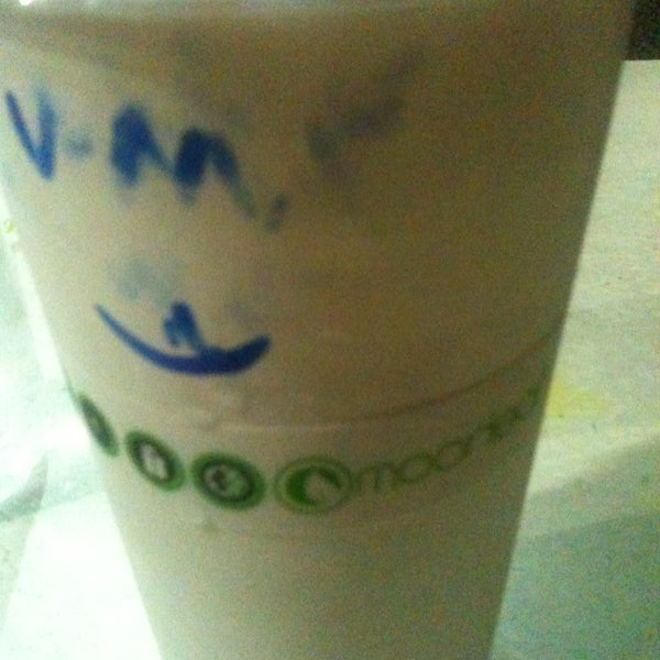 Photo taken at Moonleaf Tea Shop by Francis Paul D. on 1/7/2013